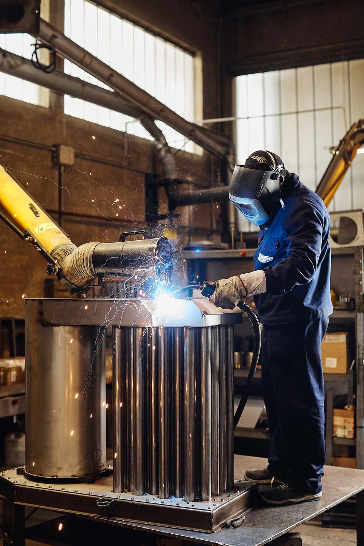 fotografo reportage industriale lavorazione metalli
