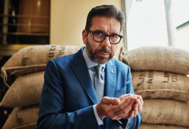 fotografo ritratti aziendali comunicazione corporate | Massimiliano Pogliani CEO Illy
